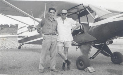 Pauleta (Presidente do Aero Clube de Moçambique) e Faria, no CR-AGO