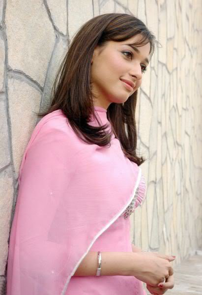 pine bank muslim girl personals Dating sri lankan women and single girls online join our matchmaking site to meet beautiful and lonely ladies from sri lanka.