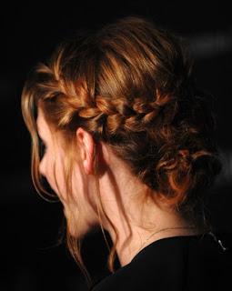 04 Penteados para Noivas e Madrinhas