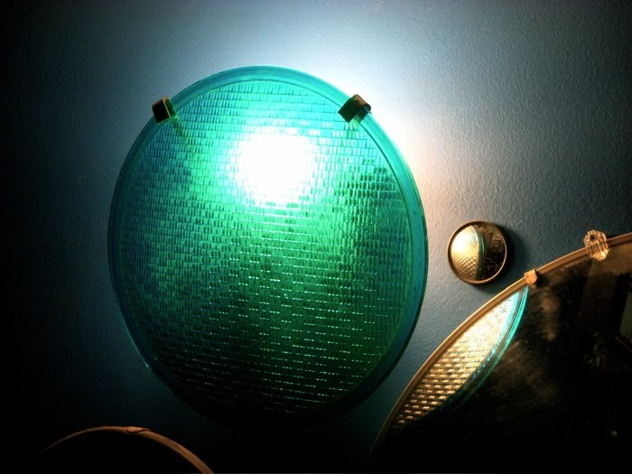 Wall Hanging Traffic Light : Kellen s Metal Art: Traffic Light Wall Lamp