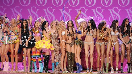 Biggest fashion show earth