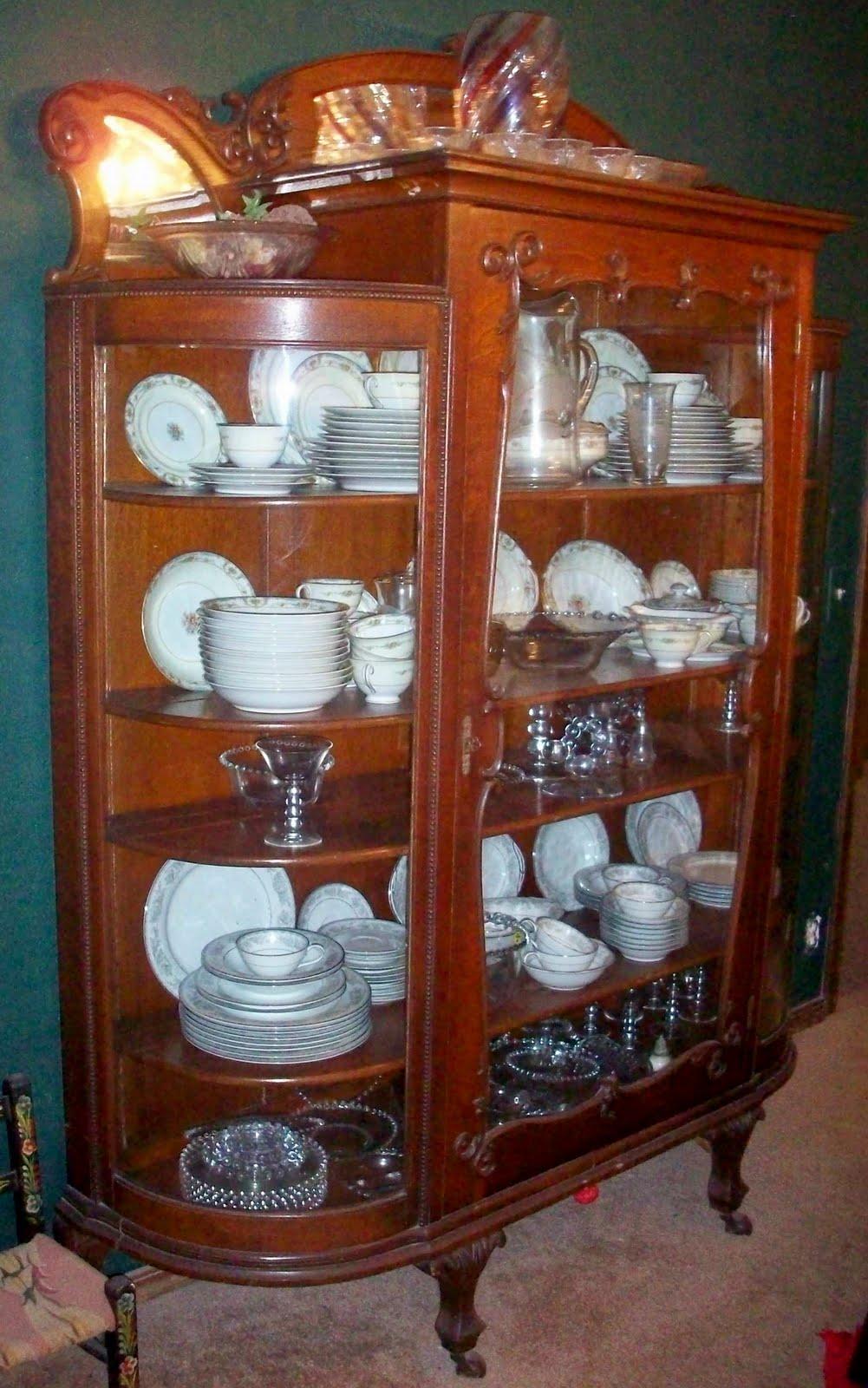 Arni 39 s art blog aberdeen 39 s flower of the word lauri mundi for Furniture world aberdeen