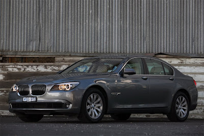 BMW 7 Series Saloon 740i