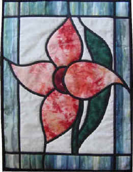 Online quilt classes & quilting patterns: Stained Glass Lily quilt pattern