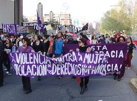 LA VIOLENCIA CONTRA LA MUJER VIOLA LOS DERECHOS HUMANOS, ESTA DEMOCRACIA: NO ES DEMOCRACIA