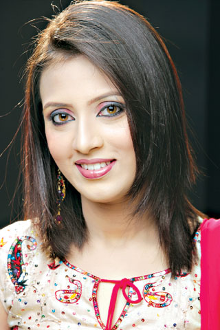 Pretty Models Bidya Sinha Saha Mim Bangladeshi Popular Model picture wallpaper image