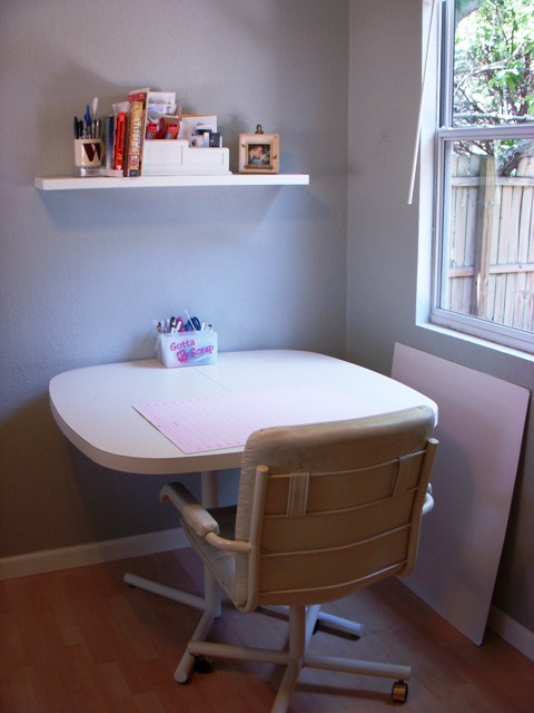 [studio+table.jpg]