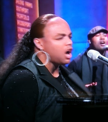 Both Charles Barkley and Alicia Keys were on Saturday Night Live last night.