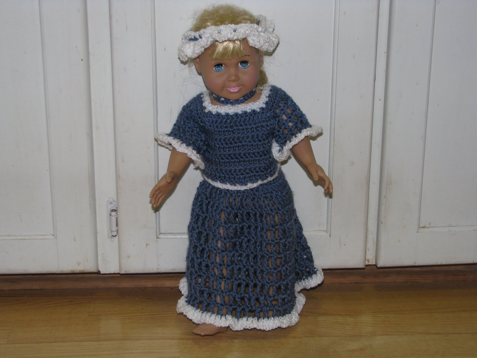 Craft Attic Resources: American Girl Doll Colonial Outfit Crochet