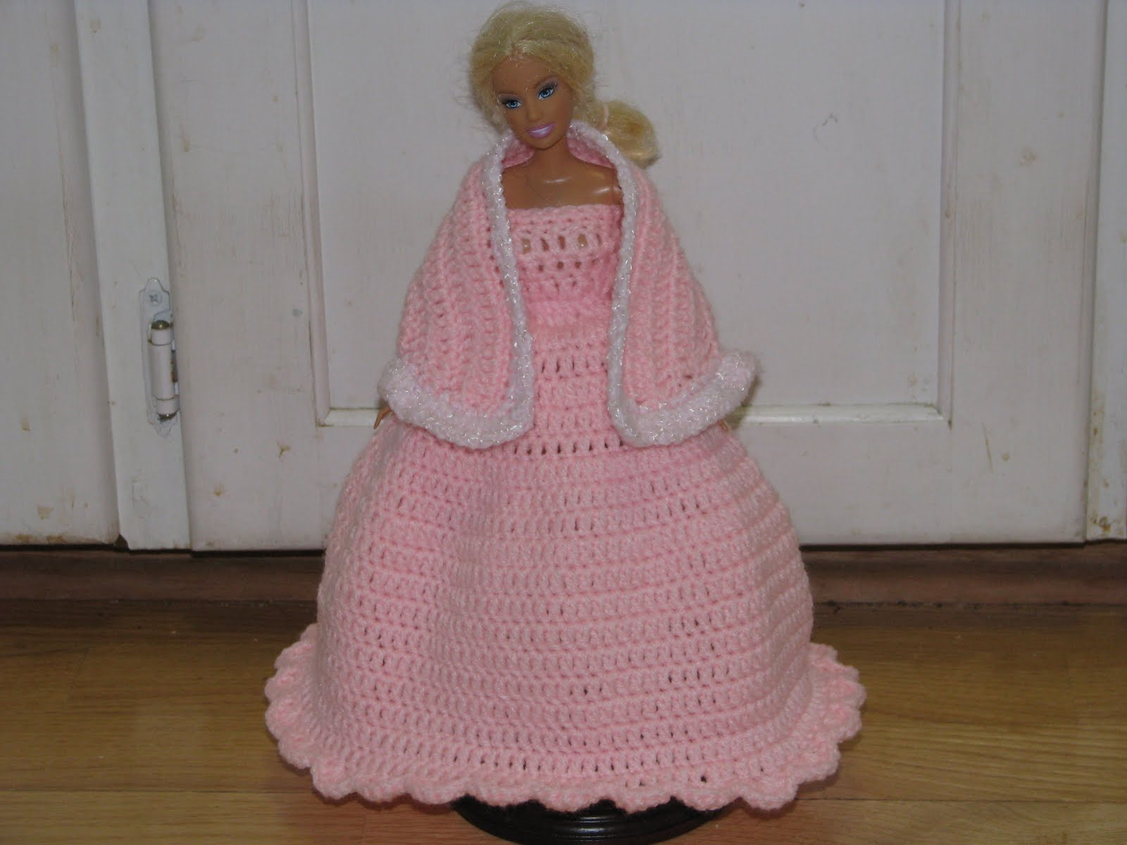 Craft Attic Resources: Barbie Pink Valentine Ball Gown