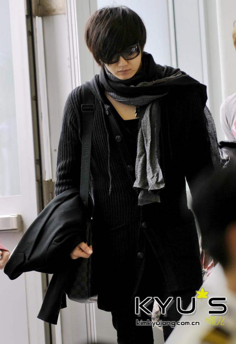 [best+young+saeng+airport+pic.jpg]