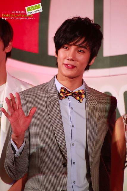 Jung Min @ SBS Año Nuevo Lunar Especial de rodaje en Tailandia 5
