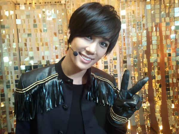 Park Jung Min Comeback Stage @ Music Bank  2