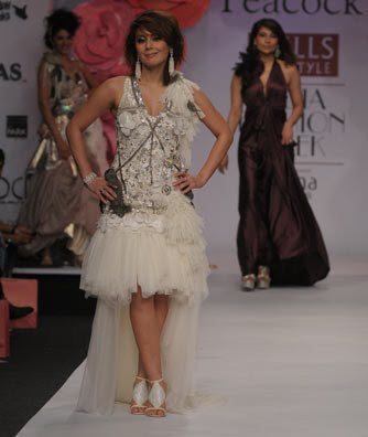 Minissha lamba walk on the ramp