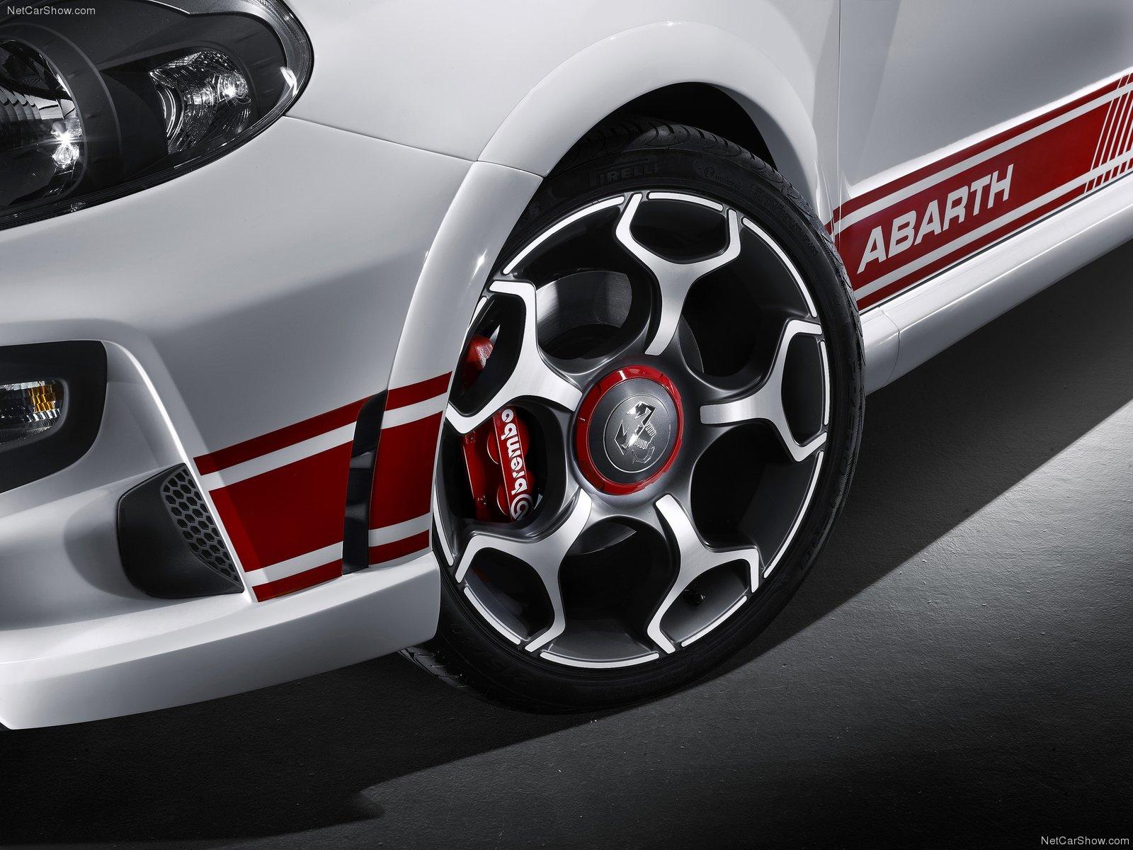 Fiat Punto Evo 2011 Pictures