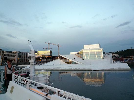 Ópera de Oslo desde MS Innvik