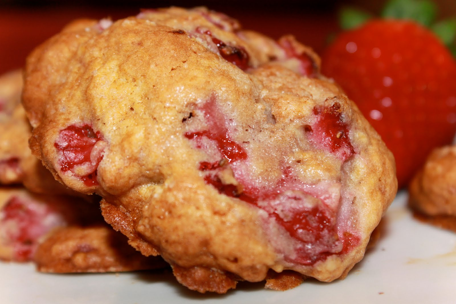 The Tempting Pepper: Strawberry Shortcake Cookies