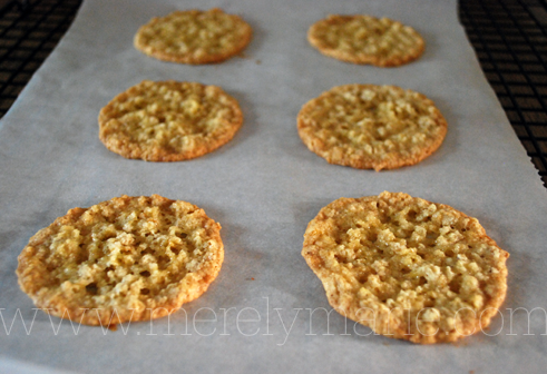 Lacy Oatmeal Cookies.