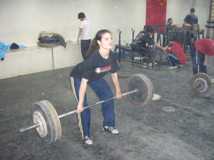 Gwen lifting at  Chaoyang Ti Yu Chang - Beijing,