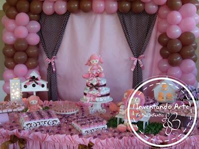 festa-chá-de-bebê-marrom-com-rosa