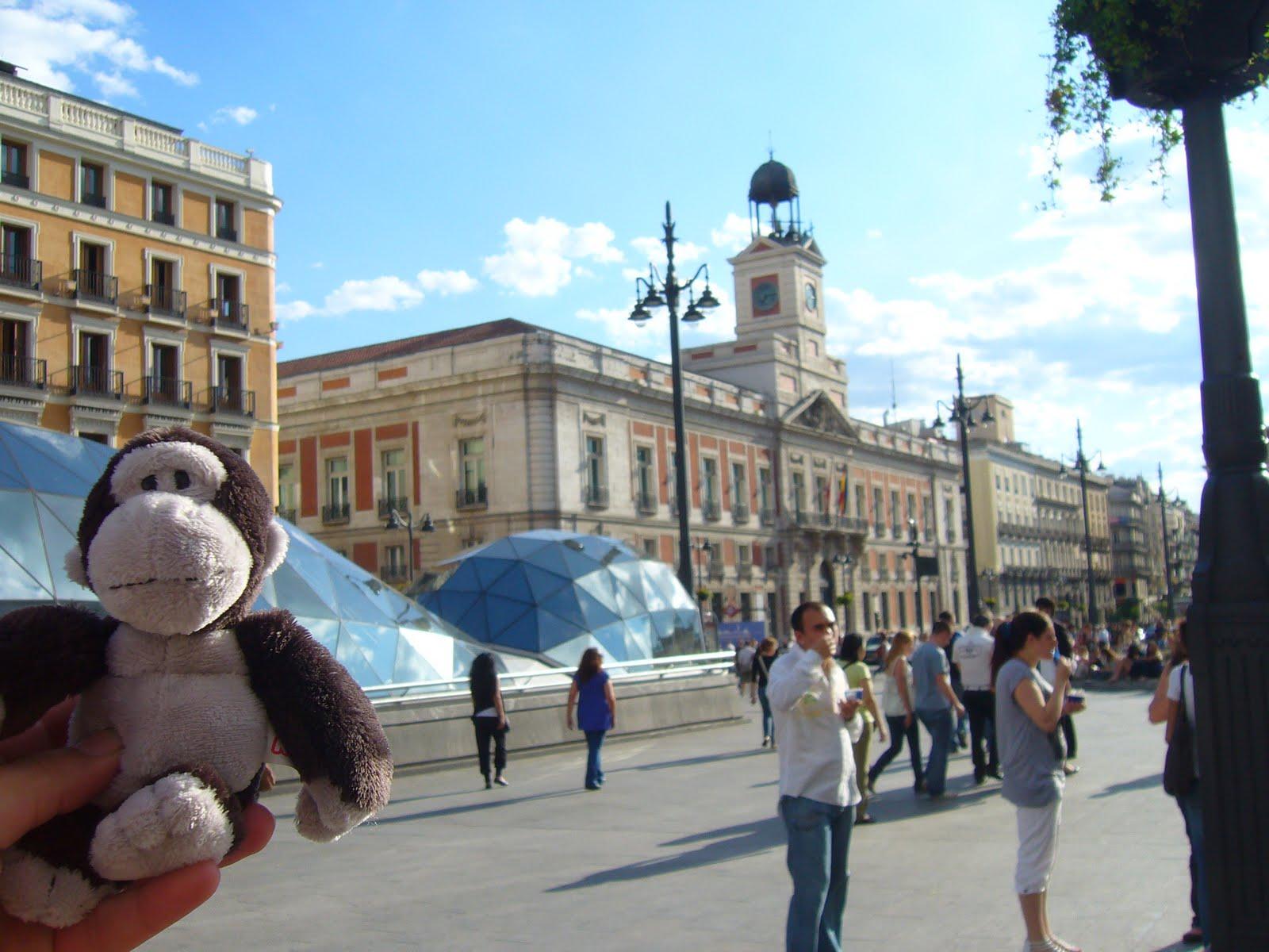 Mis peluches nici gospel in madrid for Puerta del sol ahora