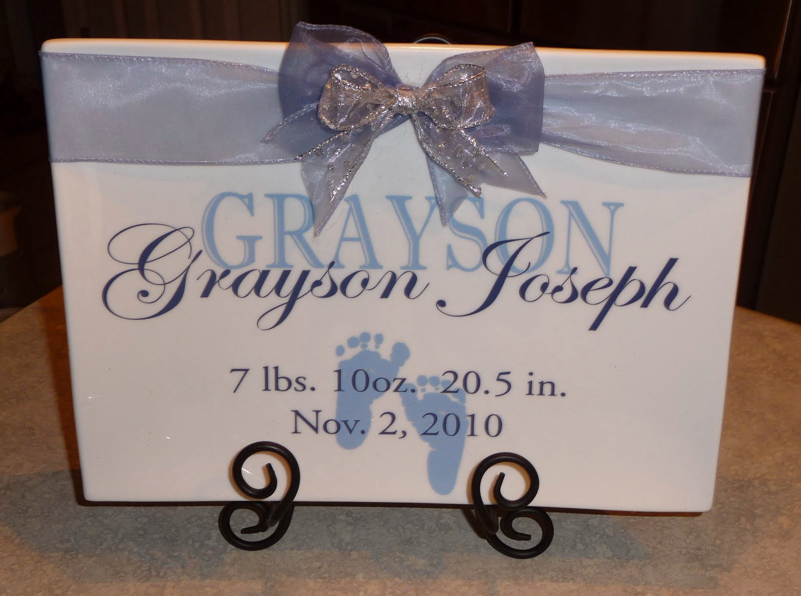 Cricut Vinyl Baby Gift Ideas : Cher s signs by design personalized baby gift