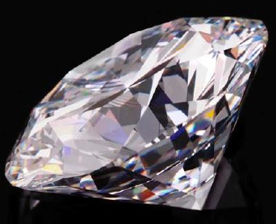 http://2.bp.blogspot.com/_w0YlrkGceLI/STvvAJls9jI/AAAAAAAAAOg/o4uTnOHg_Go/s400/84+Carat+Diamond.jpg