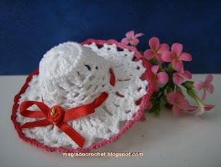 chapeu crochet branco miniatura