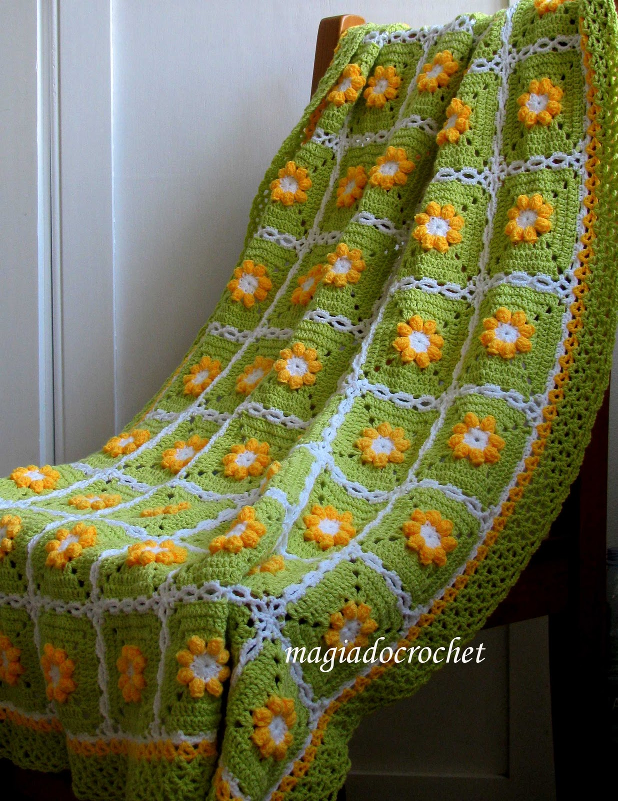 http://2.bp.blogspot.com/_w0wlWLYQlgw/TOMBnkhZOfI/AAAAAAAAHNs/aihoKiGMgSU/s1600/nova+colcha+verde.jpg