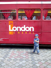 danish masa kat kota london...