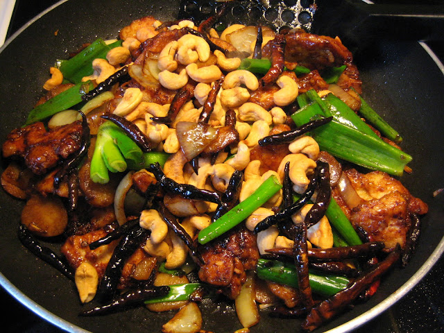 Thai Cashew Chicken (Gai Pad Mamuang Him Ma Pan)