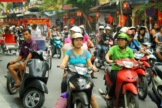 Así se ve la gente en moto, todos están en moto y manejan como locos.