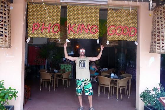 Acá estoy yo en el restaurante Pho King Good en Nha Trang