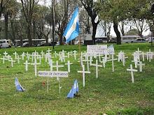 POR LOS QUE MURIERON Y POR LOS QUE VAN A MORIR A MANOS DEL ASESINO TERRORISTAS
