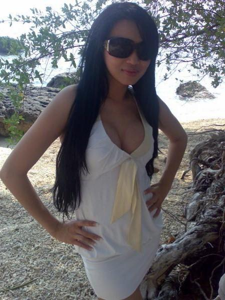 Gambar Bugil Foto Sexy & Hot Artis Indonesia   Syahrini   Asian Girl
