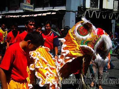dragon dance manila chinatown chinese new year