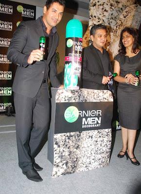 John Abraham Launches Garnier's New Mens Deodorant