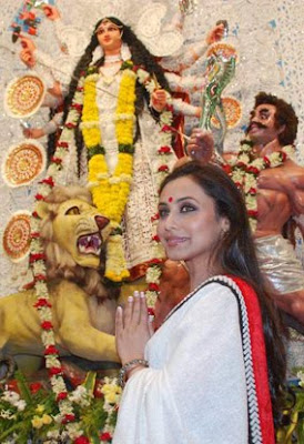Rani Mukherjee at Durga Puja