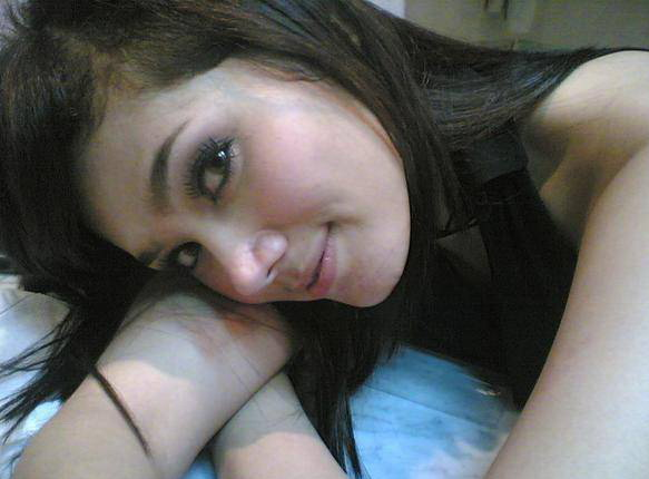 http://2.bp.blogspot.com/_w7Vhu6RdQV0/R1RlaGBDCyI/AAAAAAAAAIQ/I-OLYH3SyL0/s1600-R/mulan_ratu_1_01.jpg