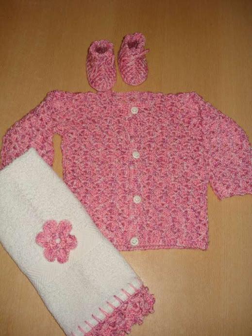 saco y toallita rosa