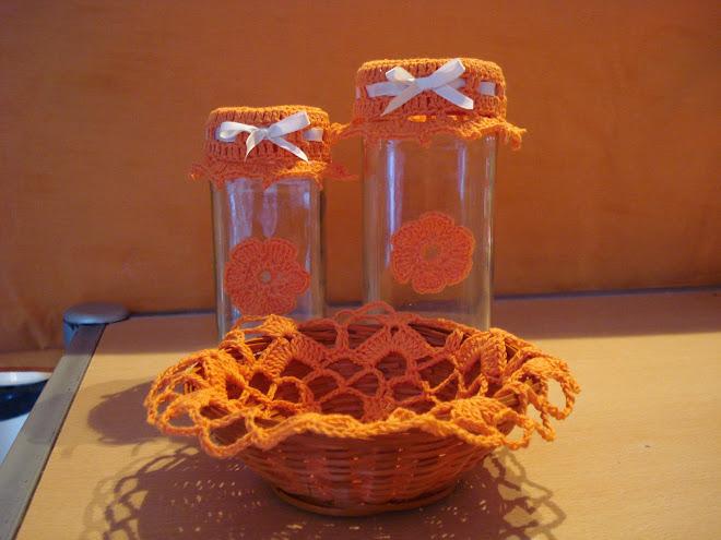 panera con frascos decorados