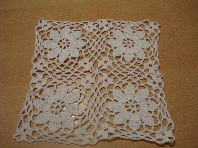 carpeta de hilo blanco