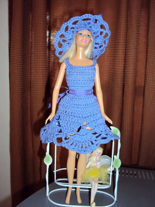 conjunto lila para Barbie $12