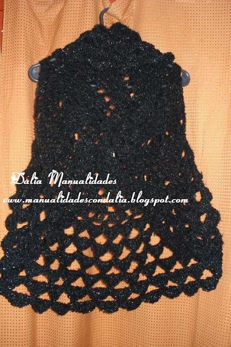 chaleco negro con hilo de plata