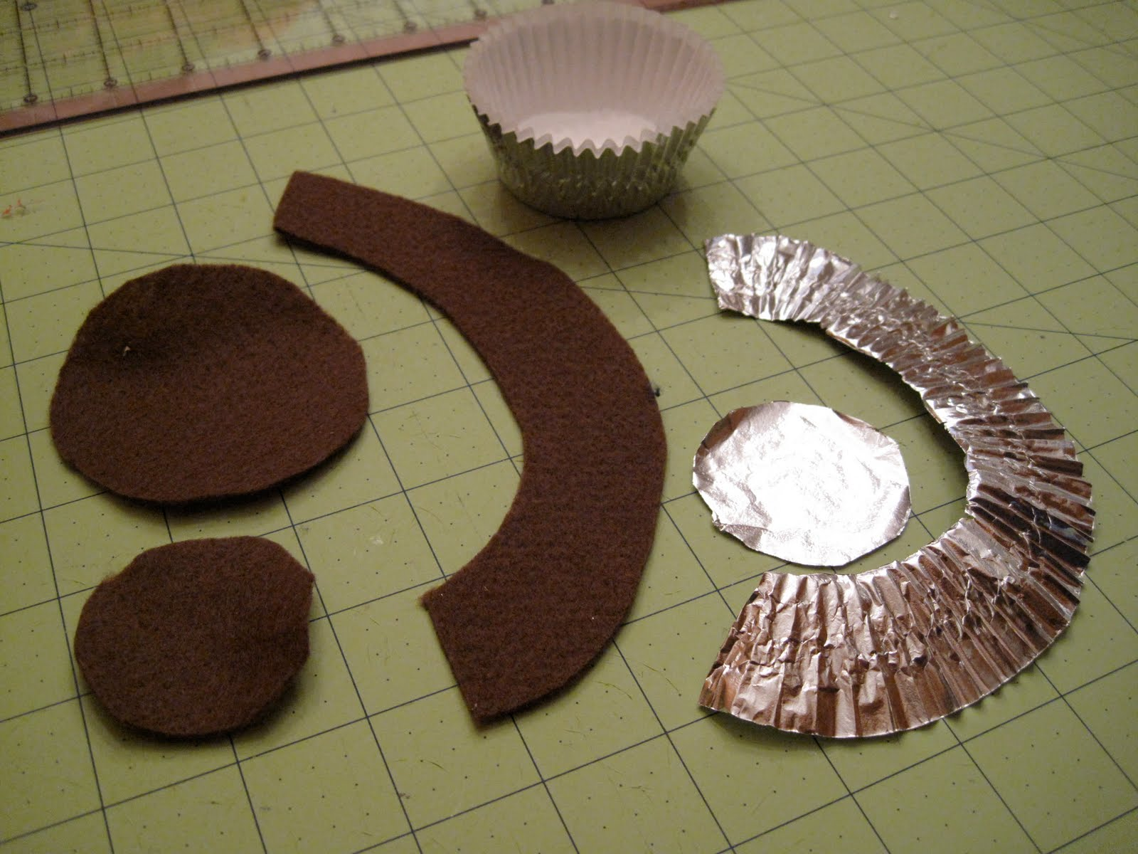 Felt Cupcake And Frosting Tutorial