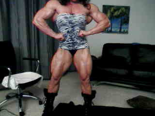 female muscle webcam
