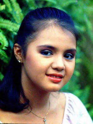 We Are Little Stars Julie http://definitelyfilipino.com/blog/2011/04/19/pinoy-stars-who-died-youngaj/