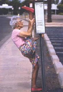 Si nenek (menyangka soalan itu ditanya tentang bagaiman