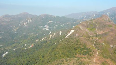 Peaks and landslides on Lantau Island, Hong Kong