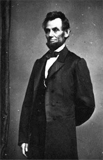 http://2.bp.blogspot.com/_wE_IExw1ZiU/SHrQXkTXMSI/AAAAAAAAE_4/nPUinjYZu4c/s400/Abraham_Lincoln_Biography_3.jpg